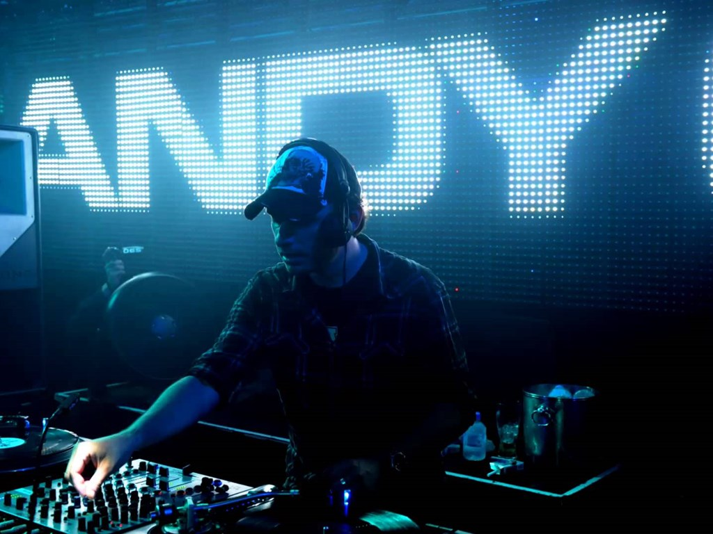 SuperCharged team up with Andy C this December