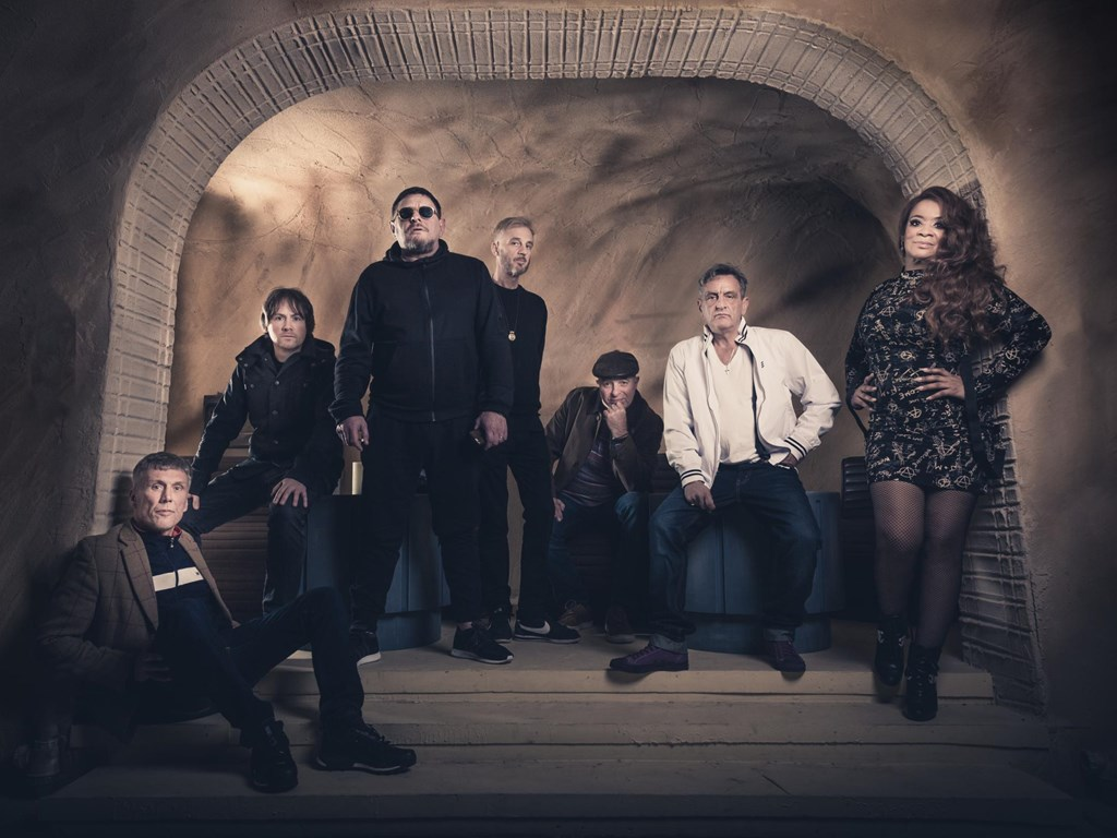 Album Of The Week: Happy Mondays - The Early EP's