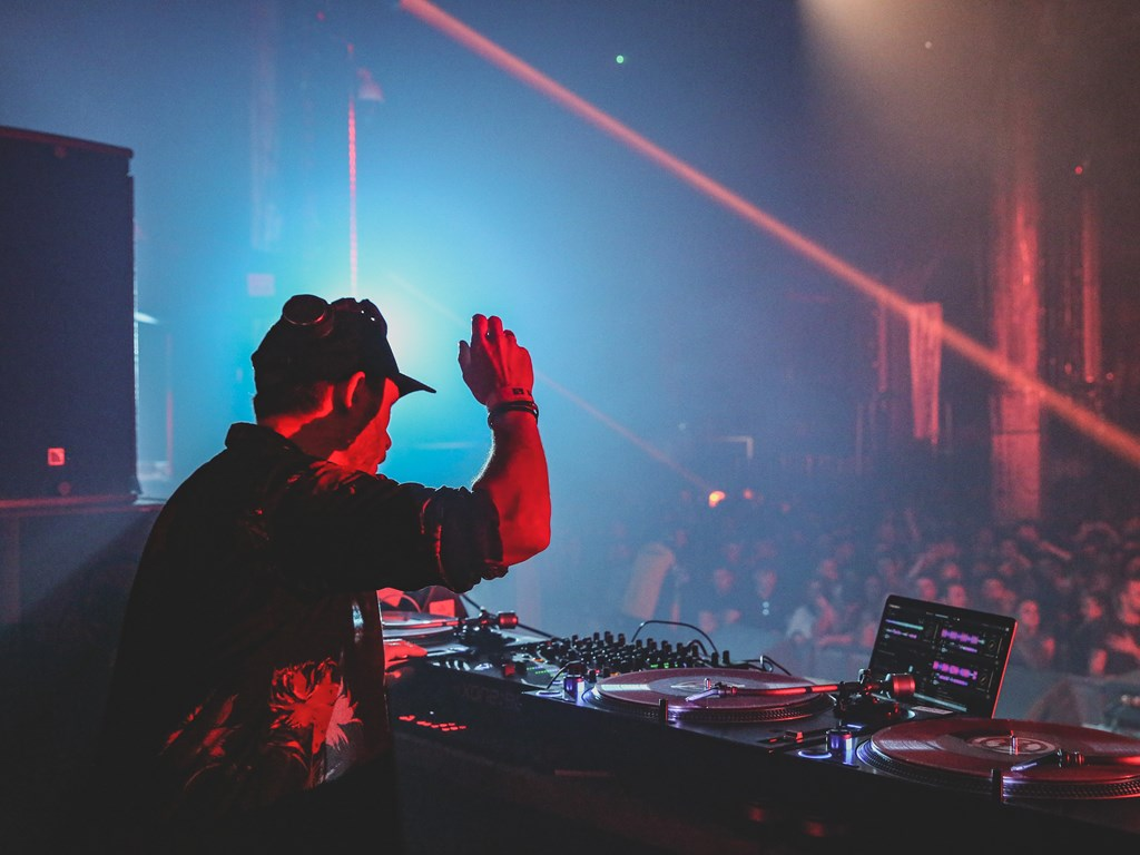 In Review: APE & Metropolis, The Warehouse Project