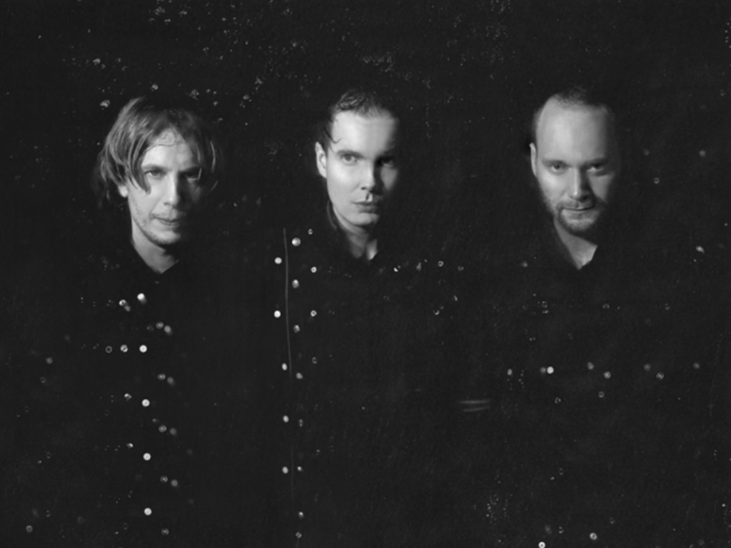 Sigur Rós announce new album & new video for 'Brennisteinn'