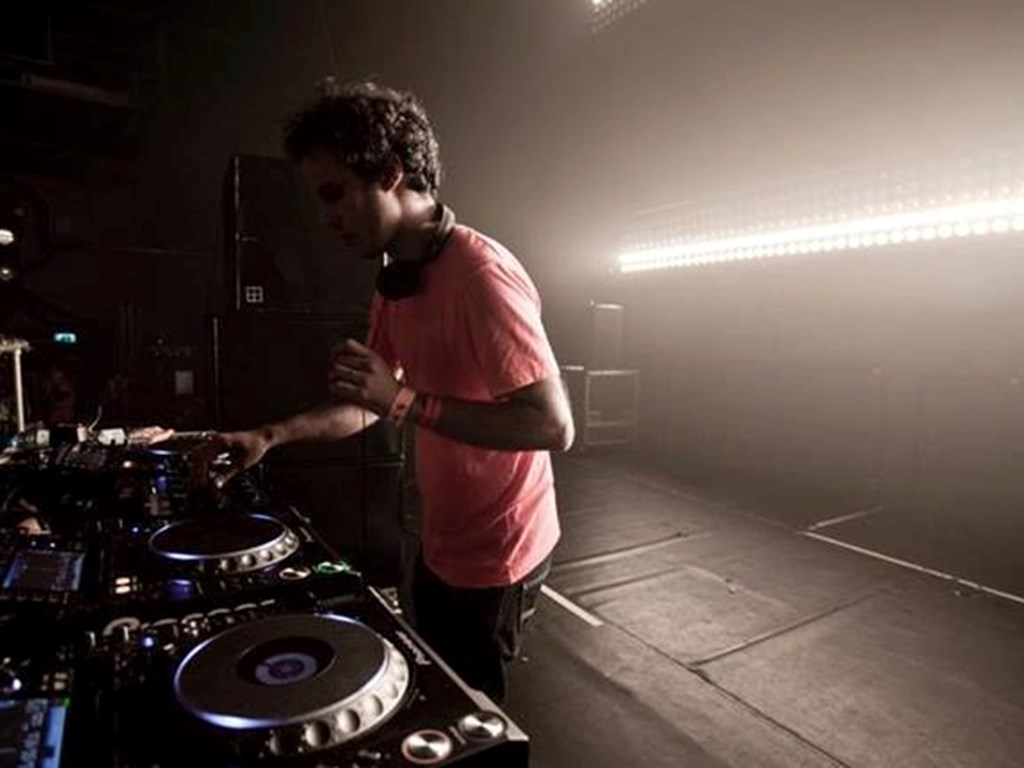 [Event Review] WHP & Field Day Present... Curated by Four Tet & Caribou