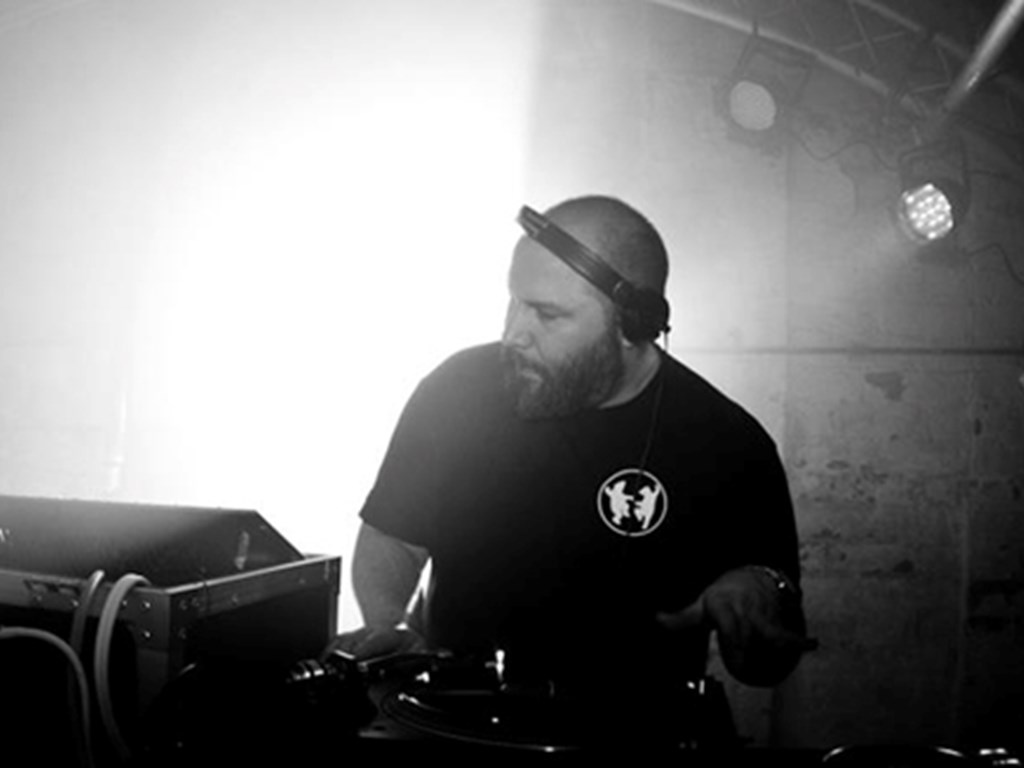[Mix Of The Week #40] Prosumer Live At The Villa Oslo