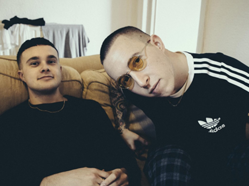 Slaves announce winter tour
