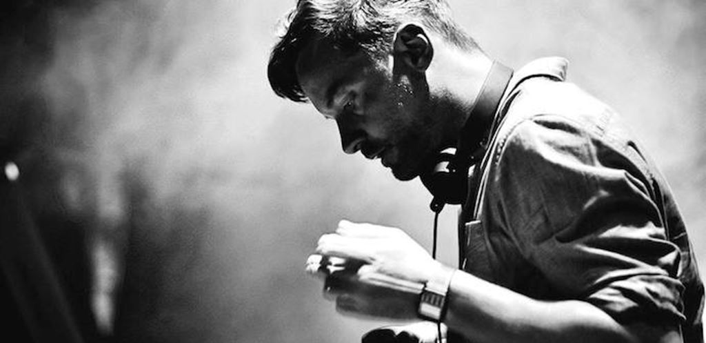 Stage Splits announced for Bonobo's Outlier show at Tobacco Dock