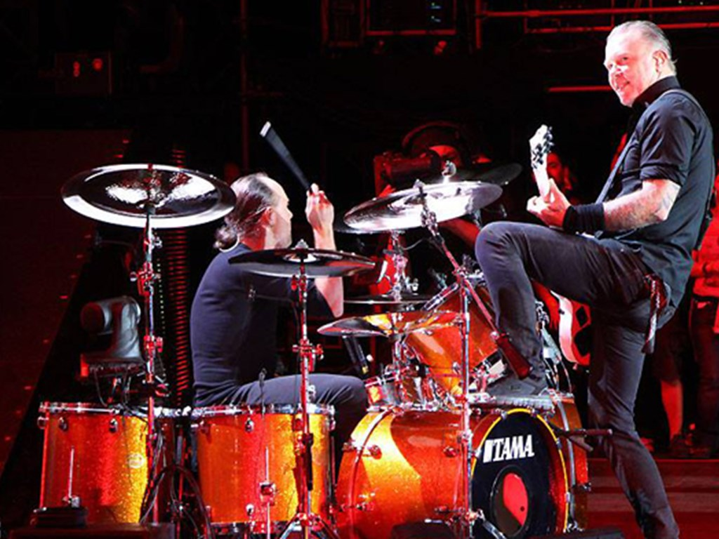 Metallica headline Reading & Leeds Festival 2015