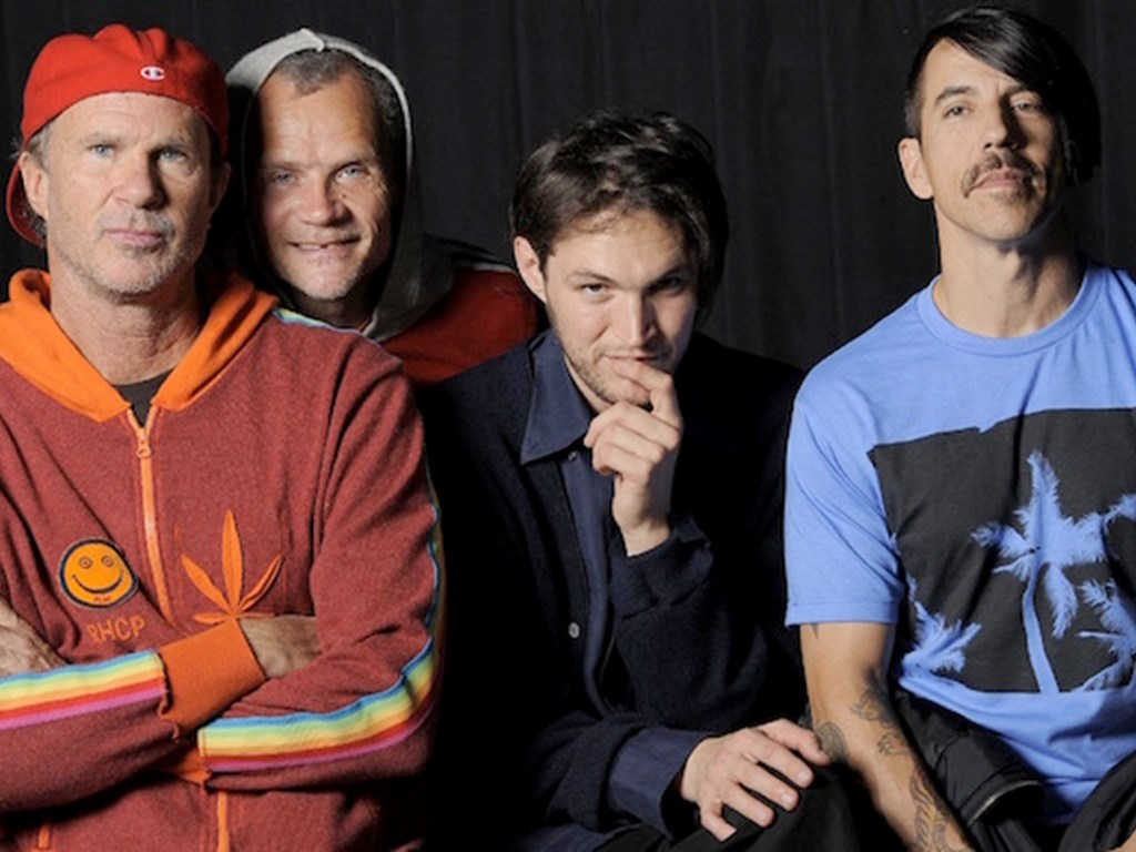 Red Hot Chili Peppers, Courteeners and DJ EZ to play Reading & Leeds 2016