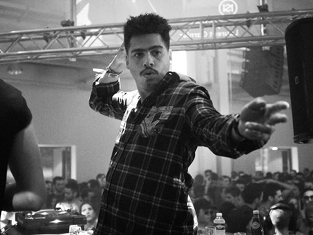 Seth Troxler climbs Kilimanjaro for charity