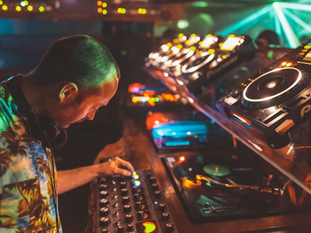 Fabric to reopen under new licensing conditions