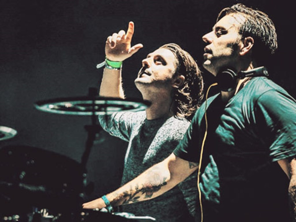 Axwell & Ingross confirmed for Steel Yard London