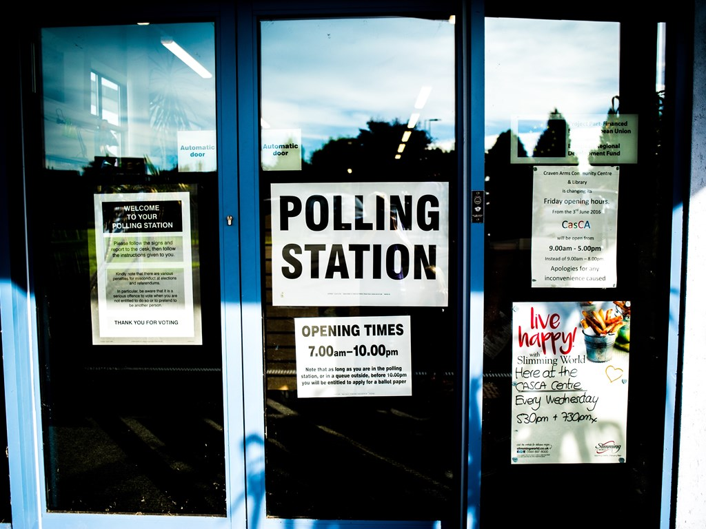 Party crews aim to get young people voting