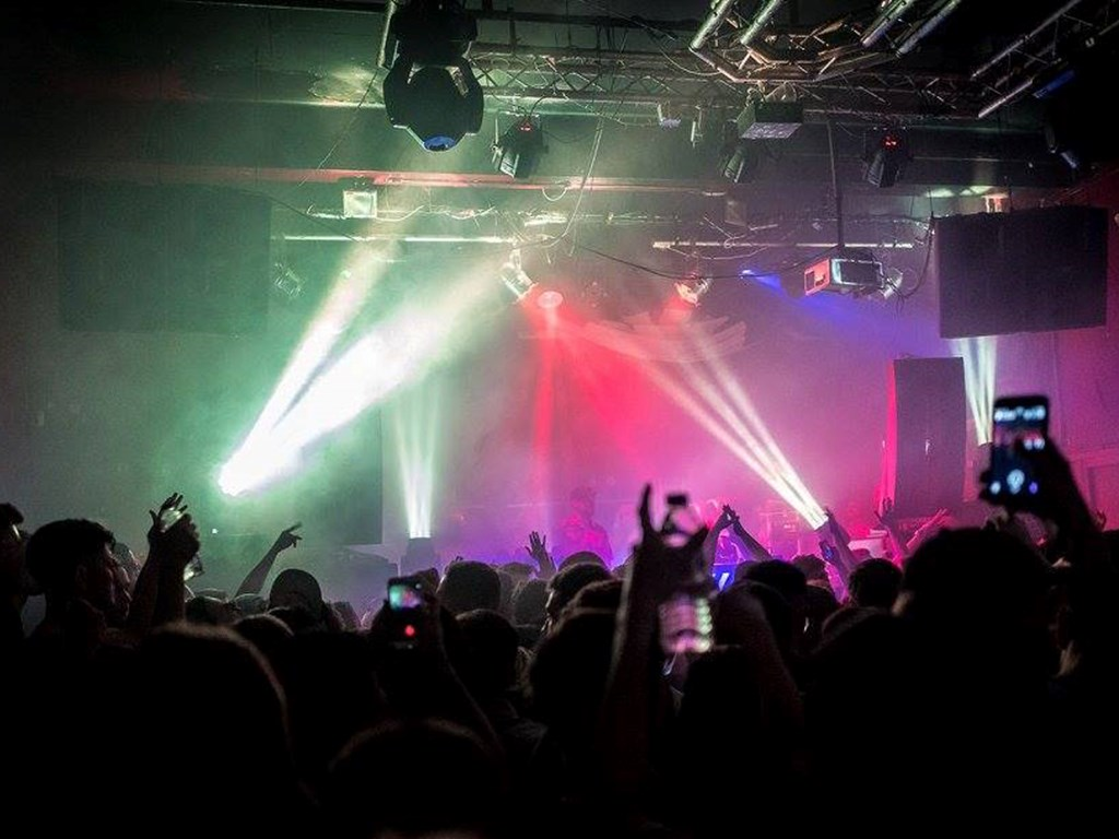 The Move reveal massive Stoke On Trent warehouse party