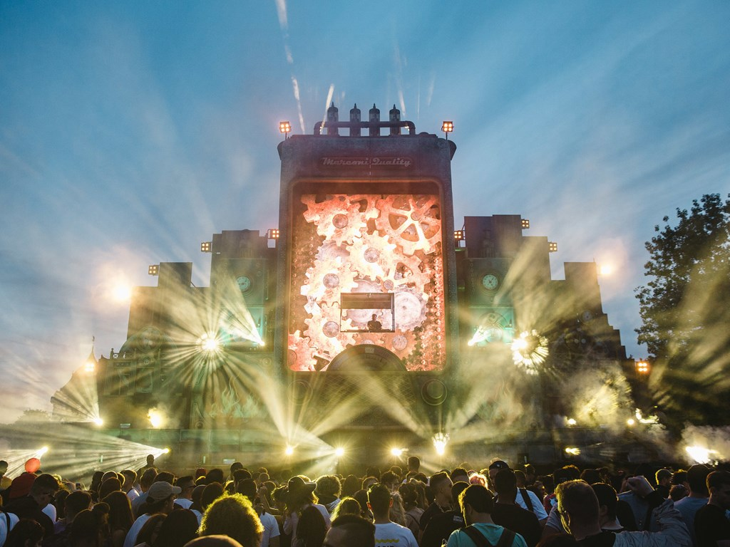Lovebox announce even more acts and stage splits for 2018