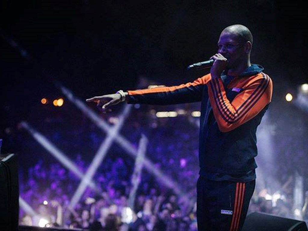 Giggs announces details of upcoming release