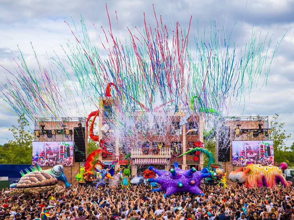 elrow return to Olympic Park for elrow Town London in August