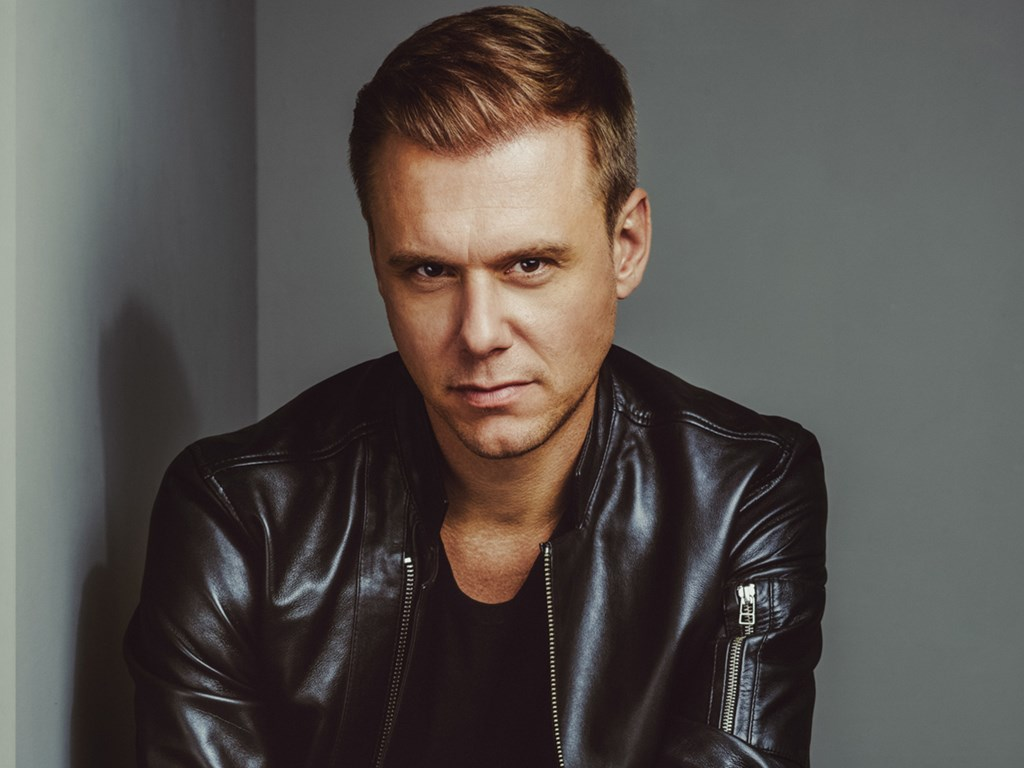 Armin Van Buuren's State of Trance heads to London