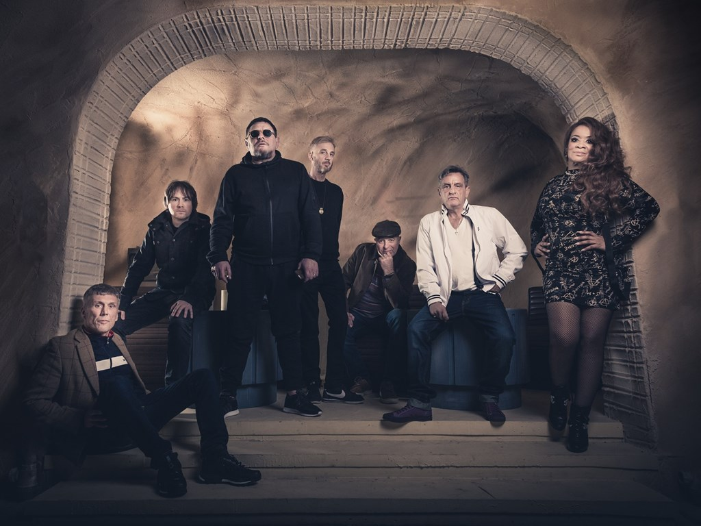 Happy Mondays claim Leeds date to celebrate 30th anniversary