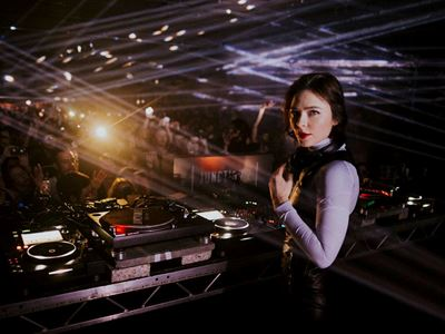 In Review: Junction 2: The Launch at Tobacco Dock, London